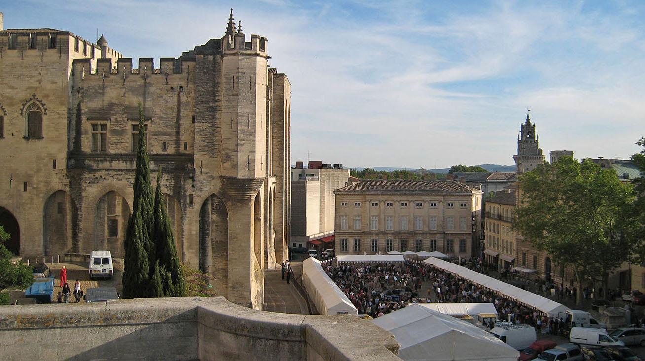 Maisons du centre historique de bourges - Maison du jardin roubaix nimes ...