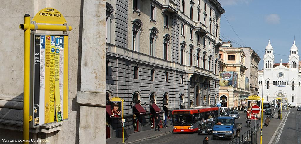A gauche, les horaires des bus. A droite, un arrêt de bus.