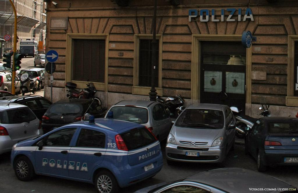 Commissariat de police romaine