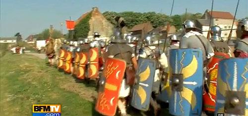 Le bruit que fait une légion romaine en marche est impressionant
