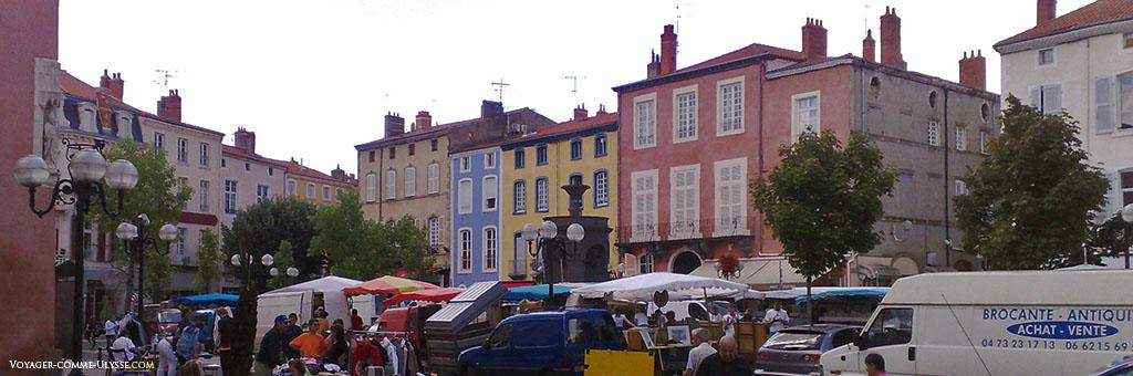 Façades d'immeubles colorées
