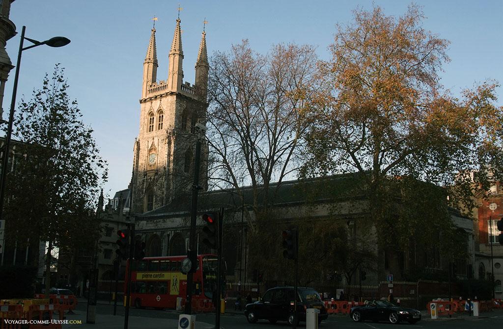 Eglise de St. Sepulchre-without-Newgate, plus grande église anglicane de Londres.