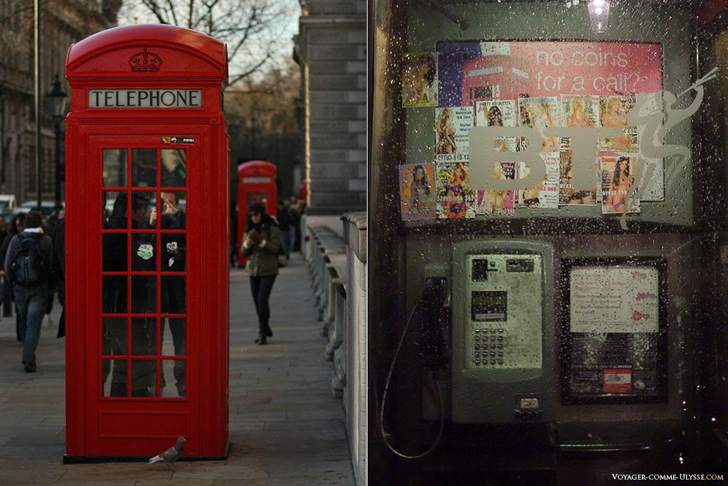 Les deux types de cabines téléphoniques de Londres. A gauche, la célèbre cabine rouge, à droite, une cabine banale, avec surtout des publicités pour des numéros érotiques...