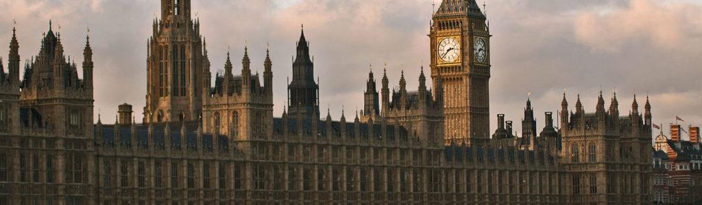Le Palais de Westminster, néogothique à l'anglaise