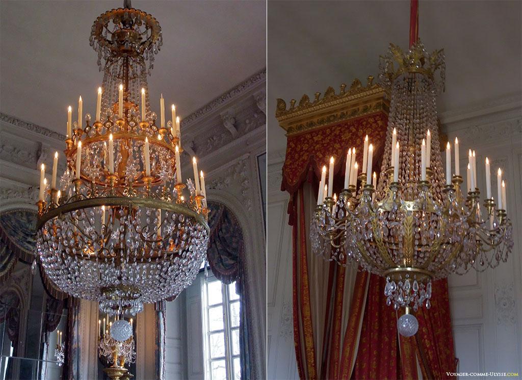 Chaque pièce du Grand Trianon possède ses propres lustres, avec leur propre style.