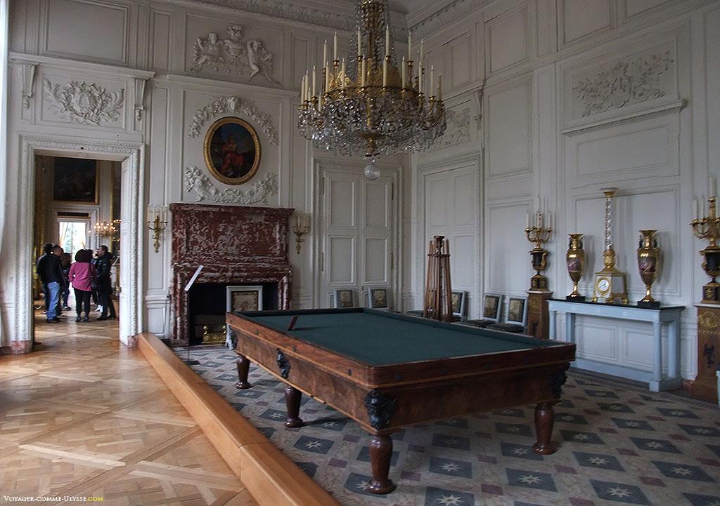 Salon de Musique. Elle est devenue la salle où Louis-Philippe jouait au billard.