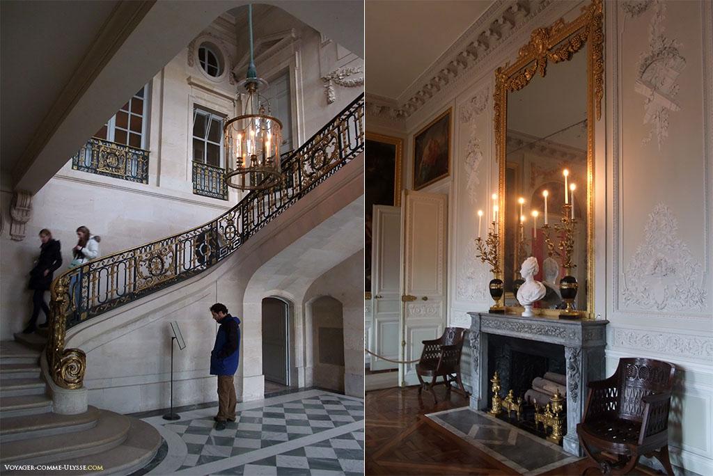 A gauche, l'Escalier d'Honneur qui part du vestibule. A droite, la grande salle à manger.