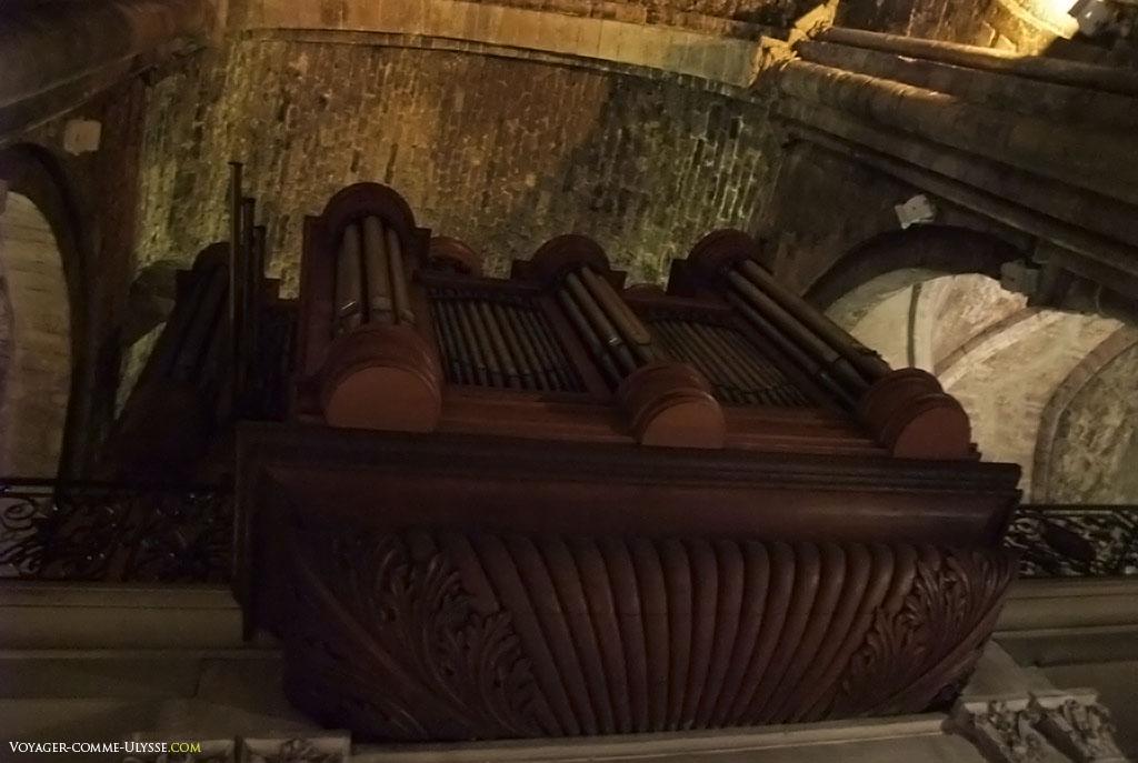 Orgues de l'abbaye Saint Victor