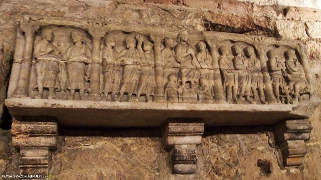 Sarcophage des compagnons de Saint Maurice.