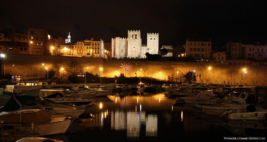 Abbaye de Saint-Victor et le bassin de carénage du Vieux-Port