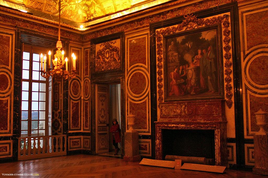 Sala dos Guardas. É aqui que se encontravam os guardas empoçados da segurança da rainha.