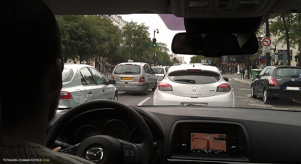 Rouler dans les rues de Paris