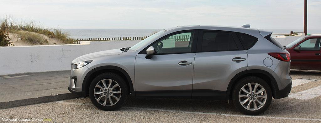 Mazda CX-5 vue de profil.