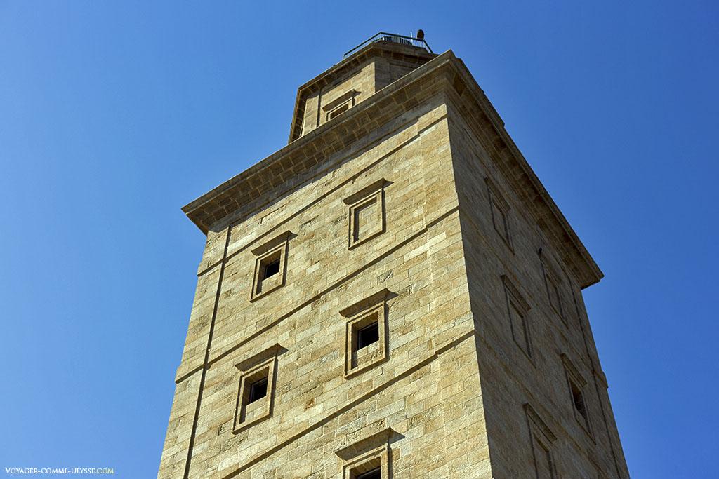 La façade néoclassique de Giannini.