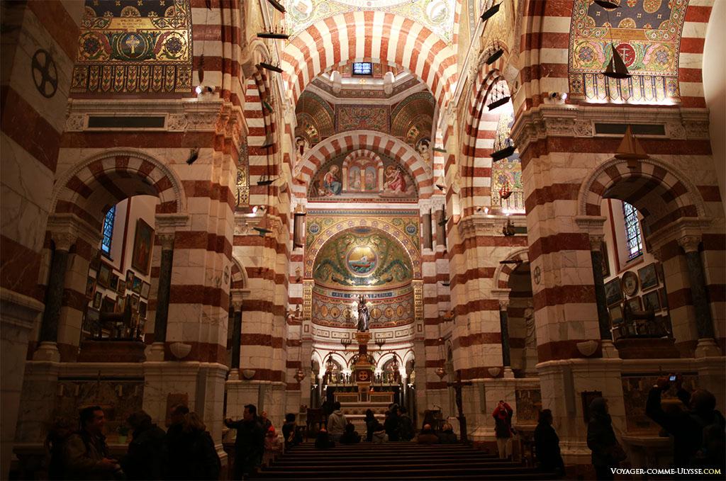 Intérieur de Notre-Dame-de-la-Garde.