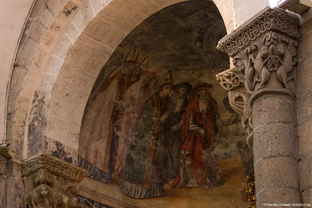 Na Capela de Azucena, antes denominada de São Pedro, encontramos este magnifico mural, obra pintada no século XVI por Juan Bautista Celma. Estas pinturas foram reencontradas graças aos trabalhos de restauração de 1998.