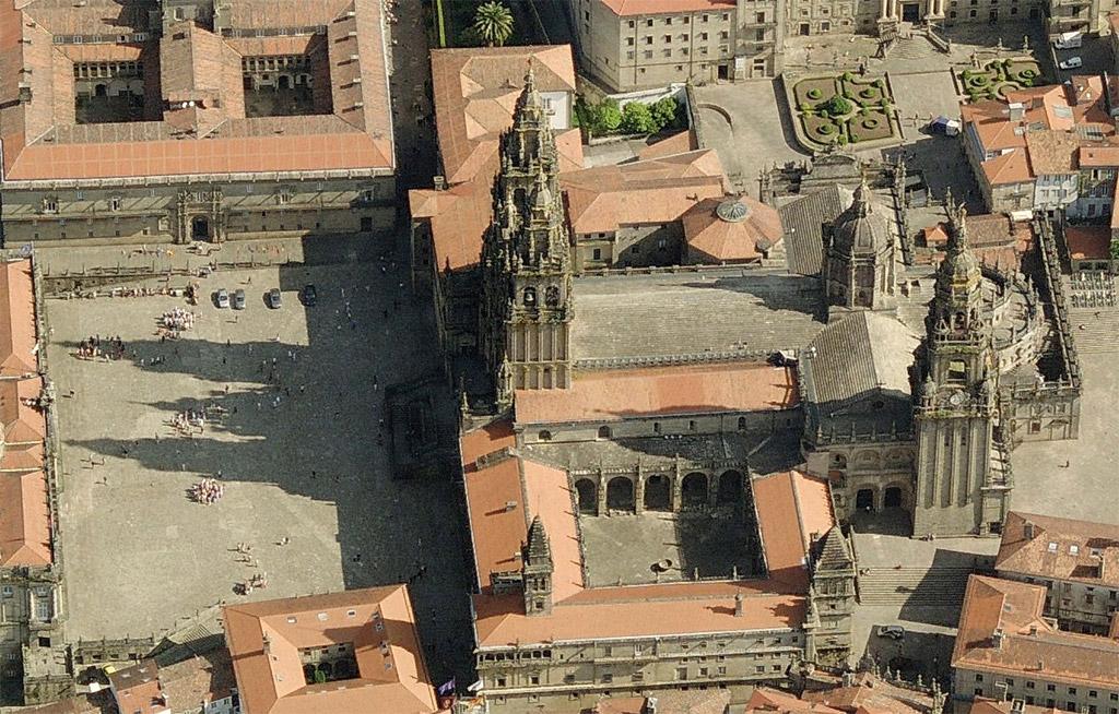 Vista área da Catedral de Santiago de Compostela.