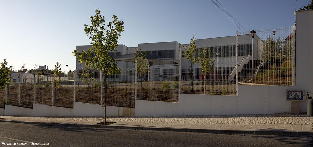 Les écoles furent un lourd investissement pour le Portugal