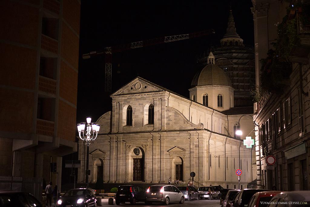 Cathédrale de Turin, vue de nuit.