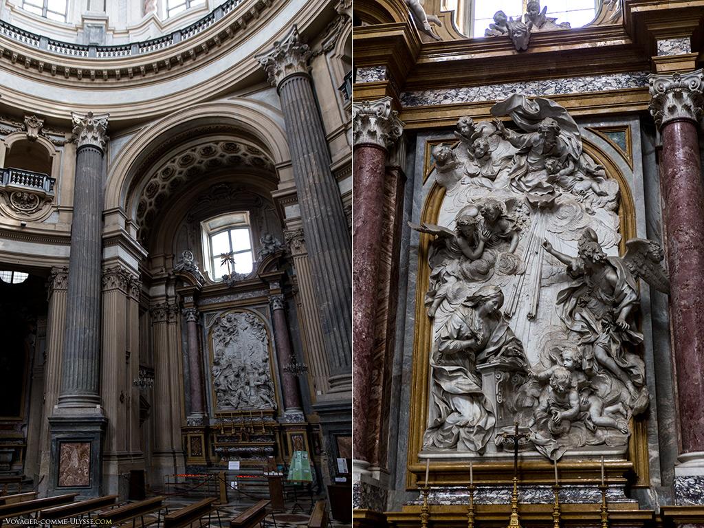 Intérieur de la basilique, avec à droite  l'autel de l'annonciation de la Sainte Vierge. Ce bas-relief est l'oeuvre de Bernardin Cametti de Gattinara.
