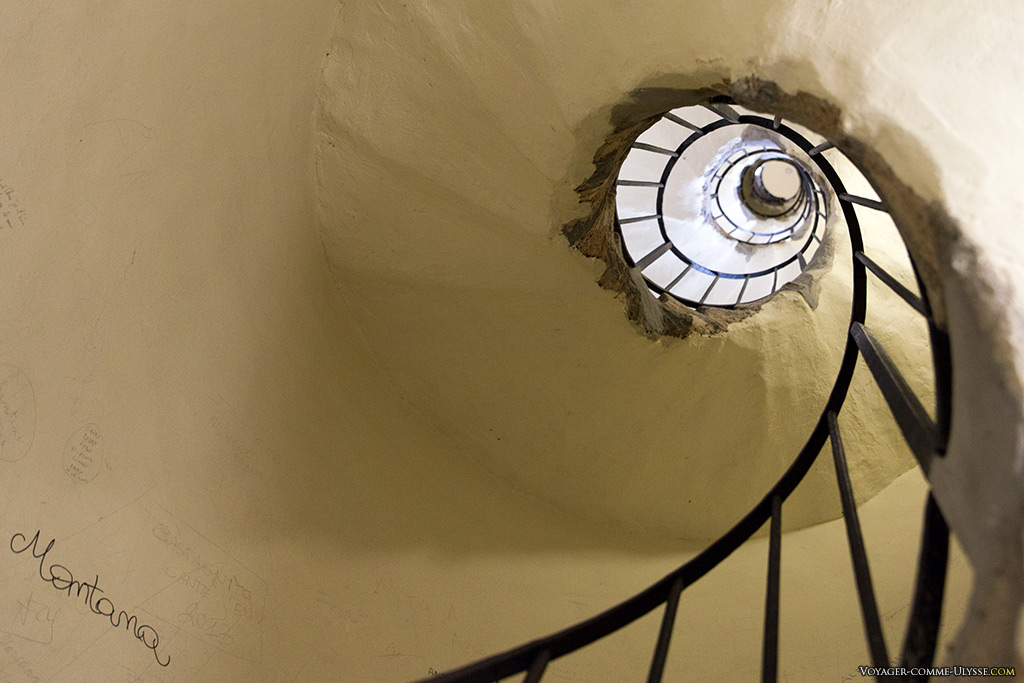 L'escalier en spirale de la coupole.
