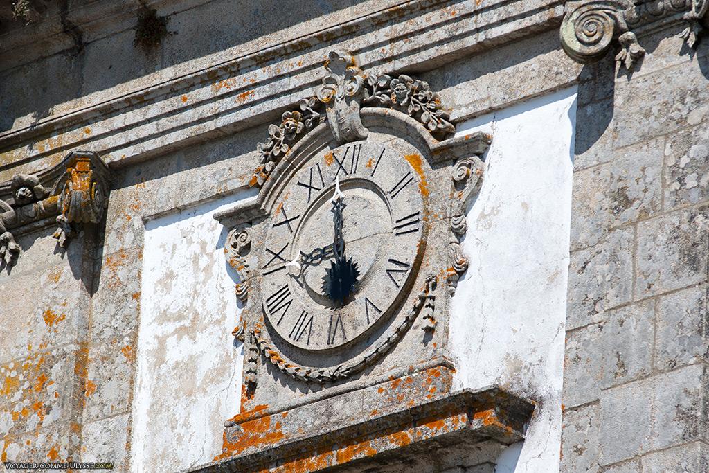 Horloge de la façade.