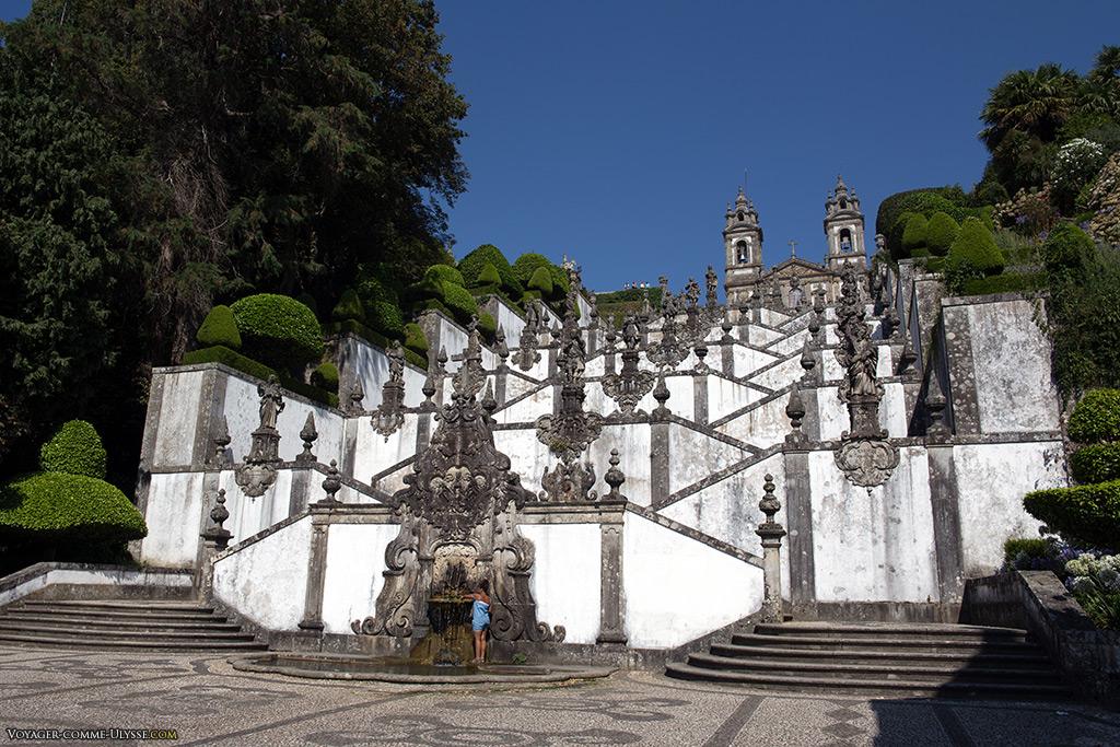 Le Terreiro das Chagas, où débute l'Escalier des Cinq Sens.