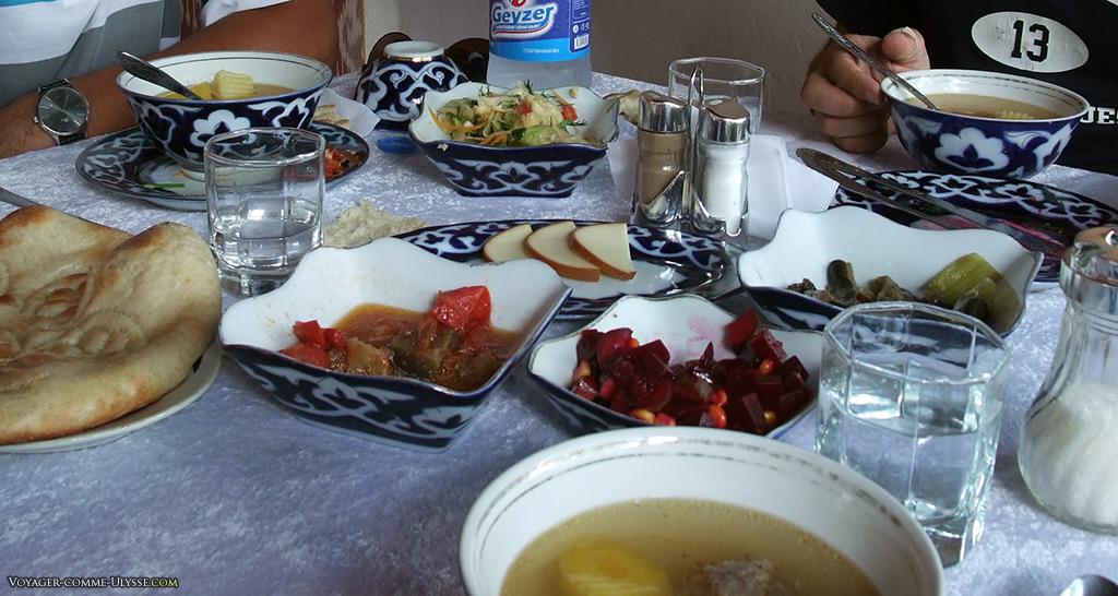 Les bouillons sont également partie intégrante de la gastronomie.