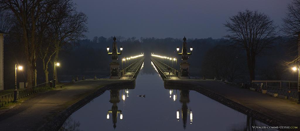 Illuminations du pont-canal de Briare