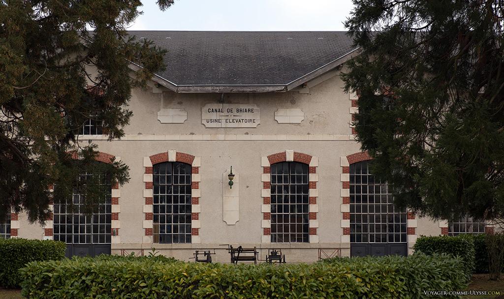 Locaux de l'usine élévatoire.