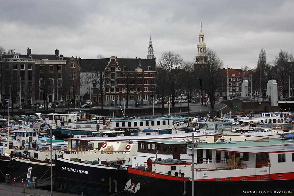 Le port de plaisance d'Amsterdam.