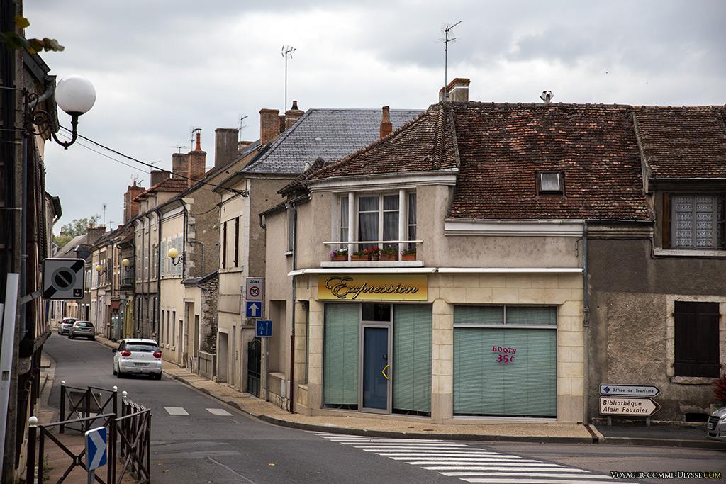 Une rue de Mehun-sur-Yèvre.