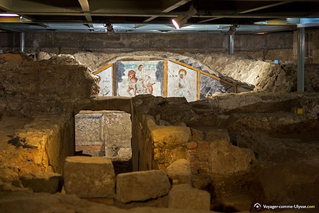 Pour un catholique de Mérida, nous sommes ici à l'endroit le plus sacré de la ville : la crypte de la première basilique paléochrétienne de Sainte Eulalie.
