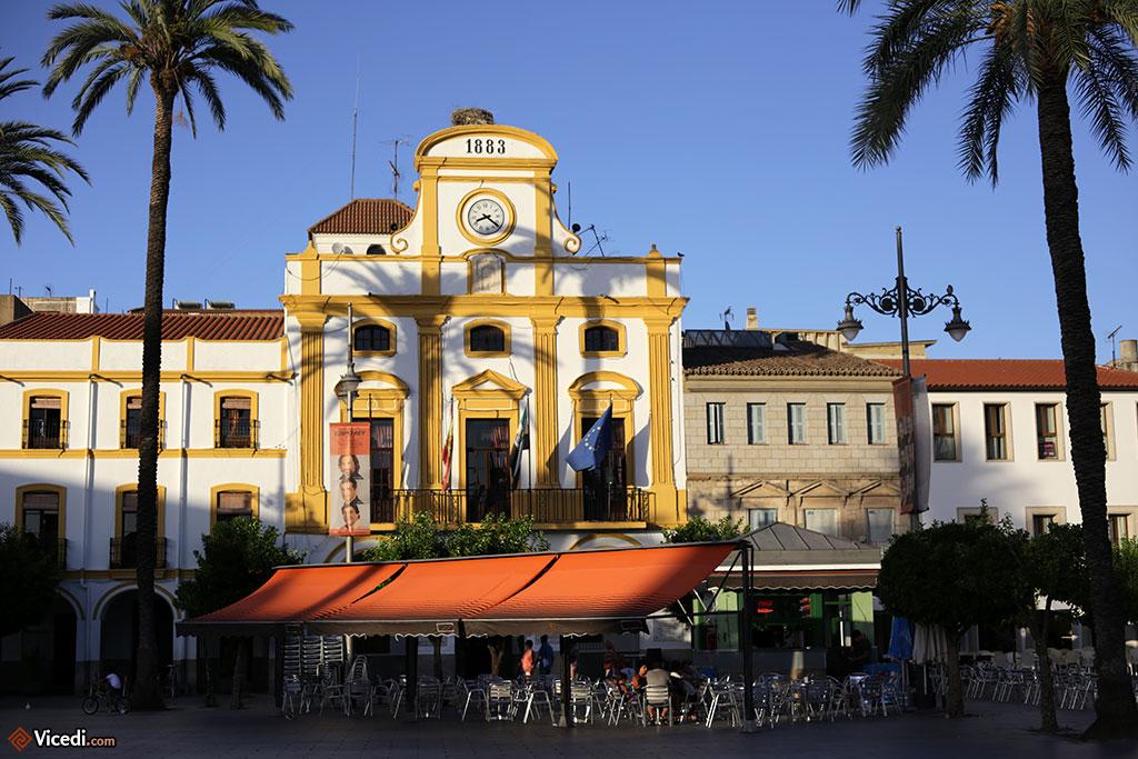 Ayuntamiento de Mérida, c'est à dire la Mairie, sur la place d'Espagne.
