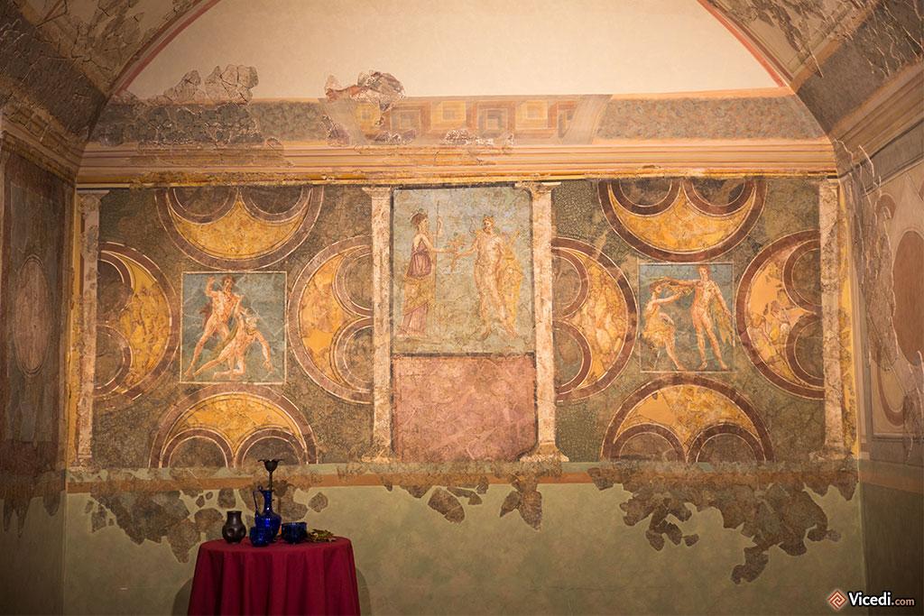 Décoration d'un triclinium, la salle à manger des romains.