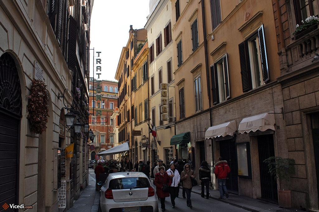 Au coeur de Rome, dans les petites rues pleines de vie.