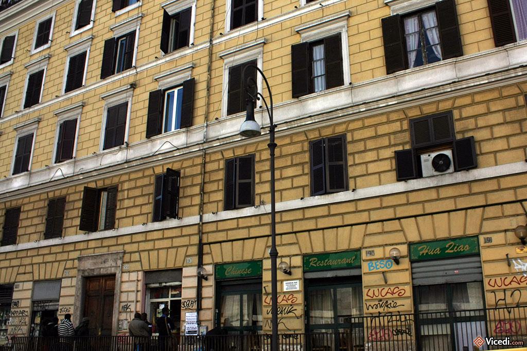 Les graffitis, bien souvent la plaie des beaux immeubles.