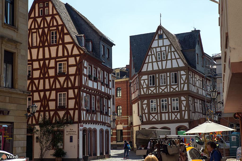 Le Kirschgarten et ses maisons à colombages.