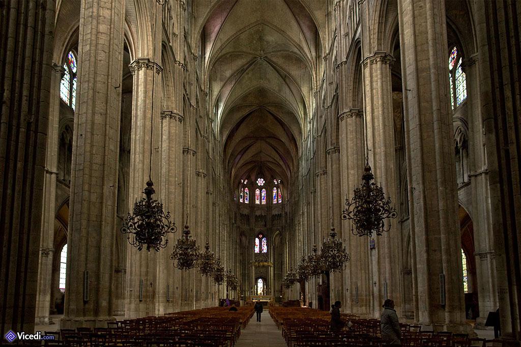 Nef de la cathédrale de Bourges