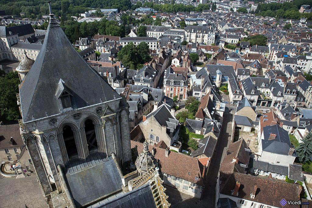 La Tour Sourde, sans cloches, vue de la Tour de Beurre.