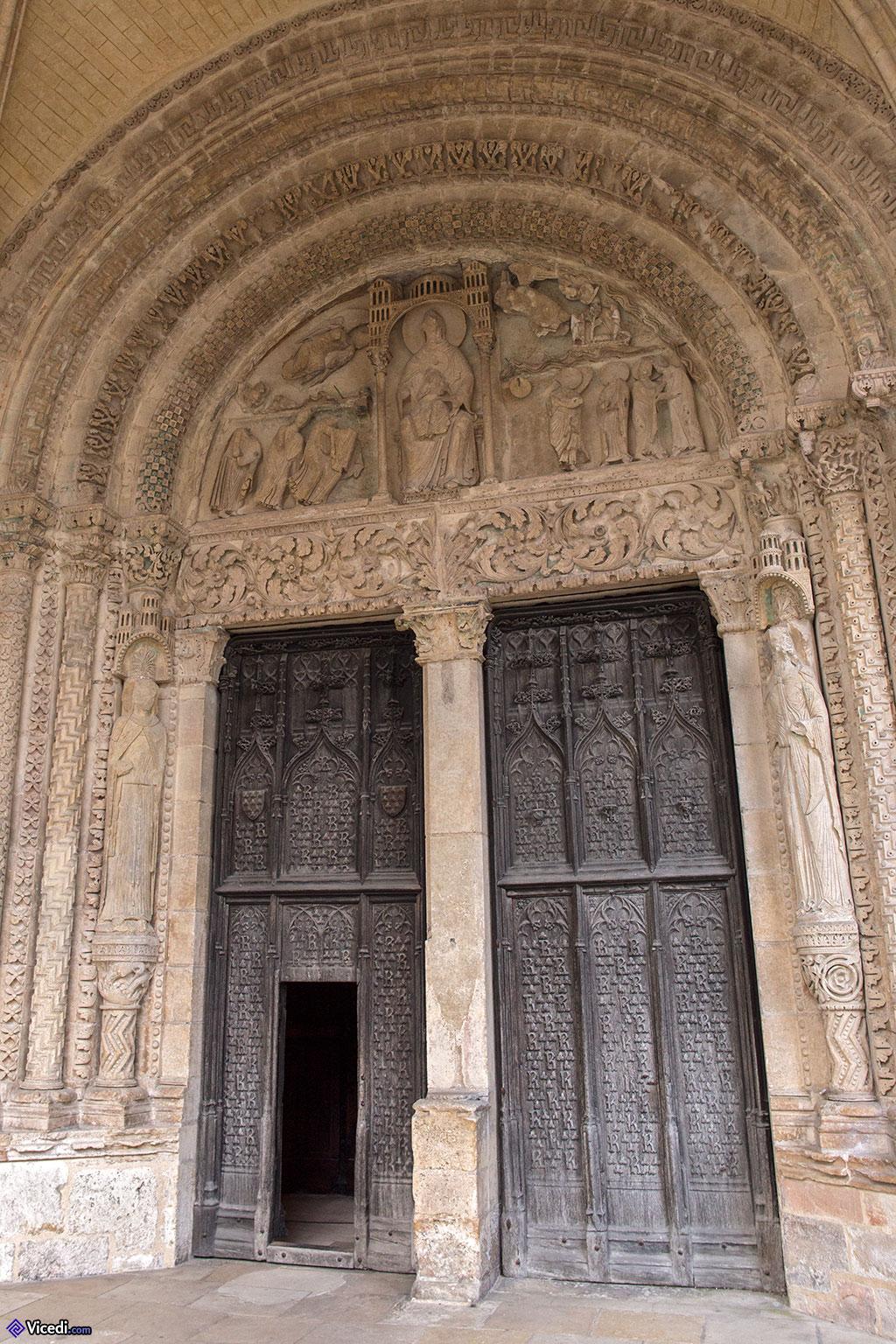 Portail de Notre Dame de Grâce