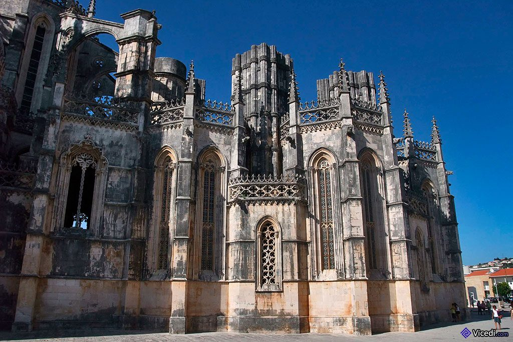 Vue extérieure des Chapelles Imparfaites