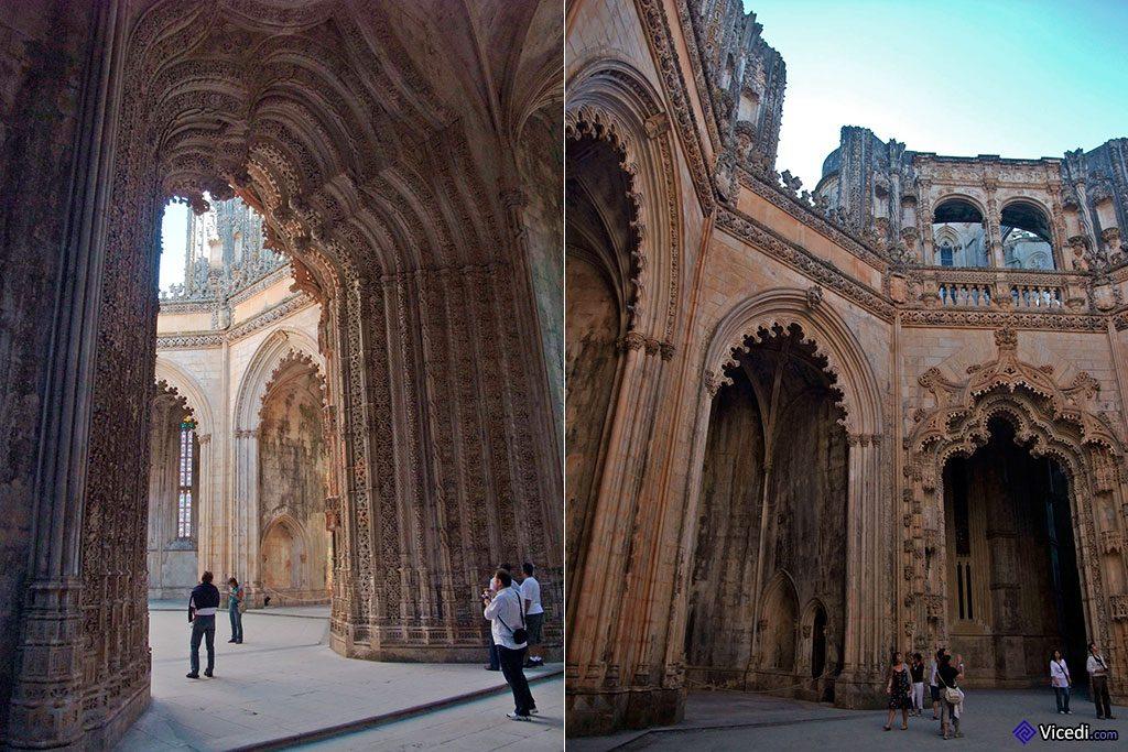 A gauche, le portail manuélin, haut de 15 mètres. A droite, dans la cour des Chapelles Imparfaites.