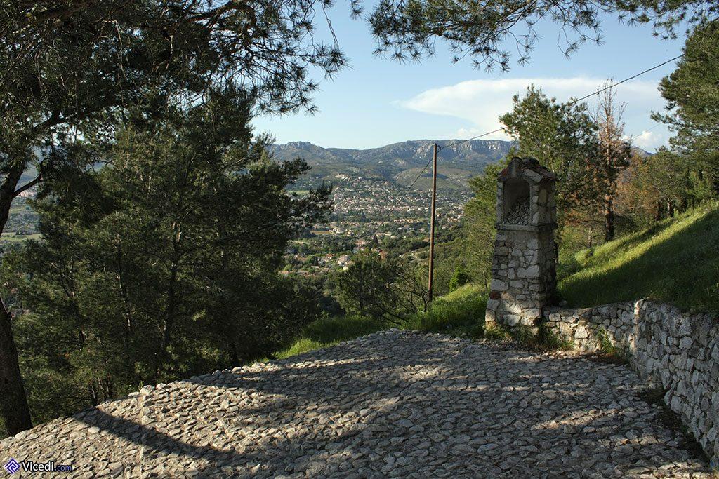 oratoire en allant à la chapelle d'Allauch