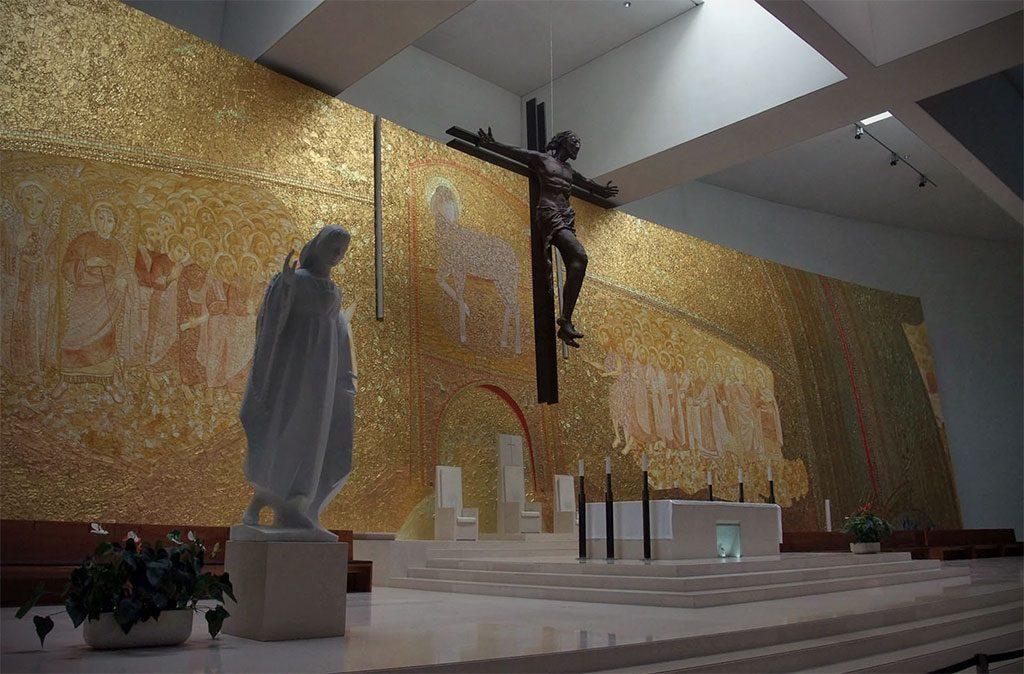 Autel de la Très Sainte Trinité