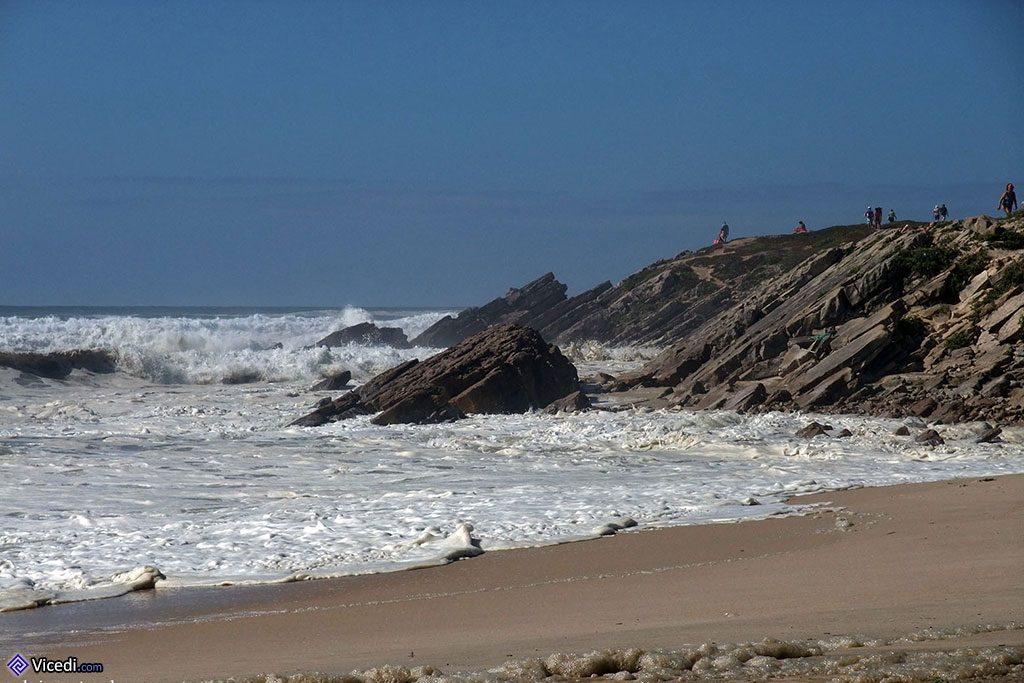 Roches et eau de mer