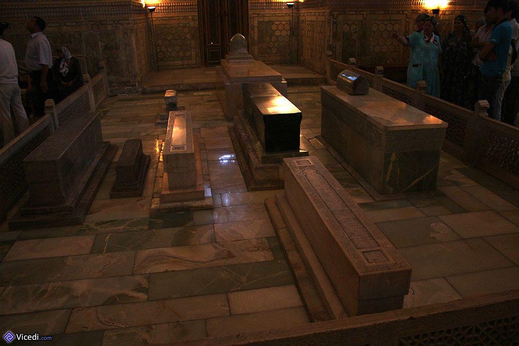 Au centre, le tombeau de Tamerlan