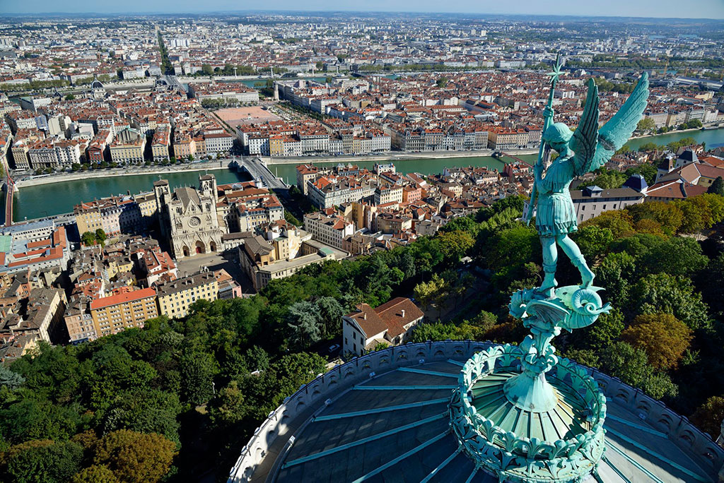 Vue du ciel de l'archange Saint-Michel.