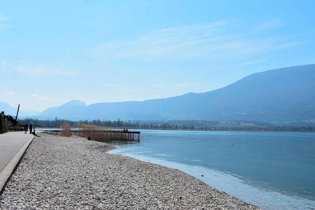 Pontons du Lac du Bourget