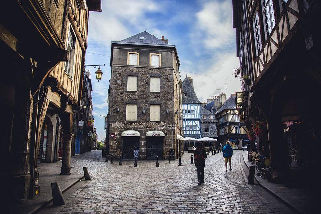 Rue de Dinan, tout droit sortie du Moyen Âge